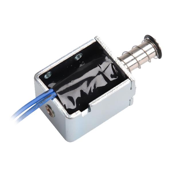 牵引电磁铁的安装